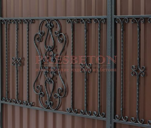 Ворота распашные с ковкой м10